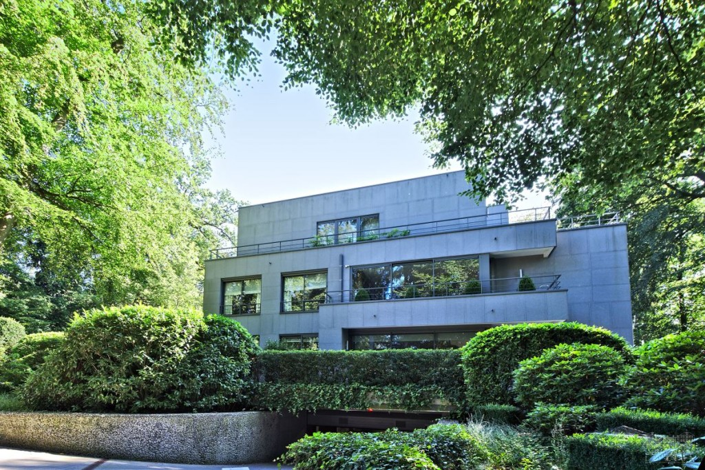 Astounding Maison Moderne Uccle Pictures - Best Image Engine ...
