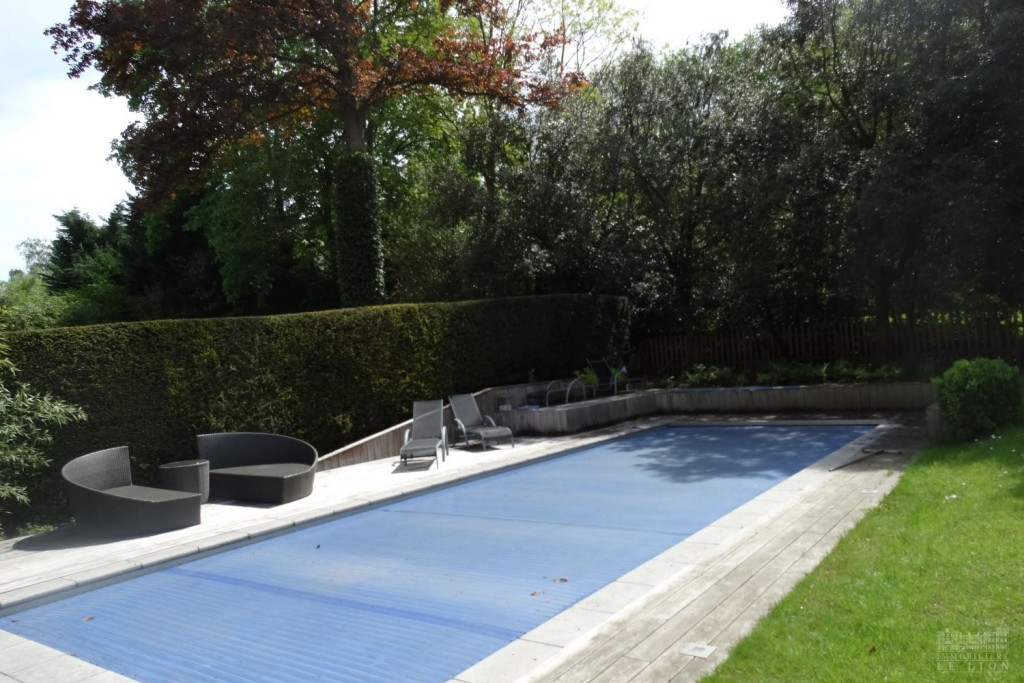 Vente villa 5 chambres uccle uccle prince d 39 orange for Piscine uccle